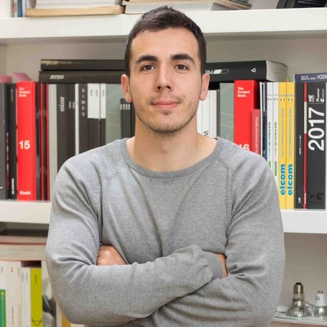 Lazar Komar